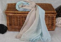 bezowy cieniowany szal z bawelny