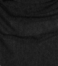 chusta welniana w kolorze czarnym