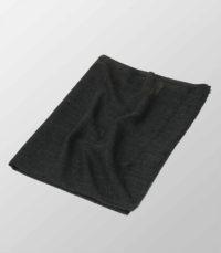 czarny szal z welny