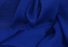 niebieski szal z bawelny