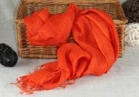 pomaranczowy szal z lnu