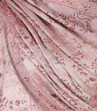 szal-damski-w-kolorze-rozowym