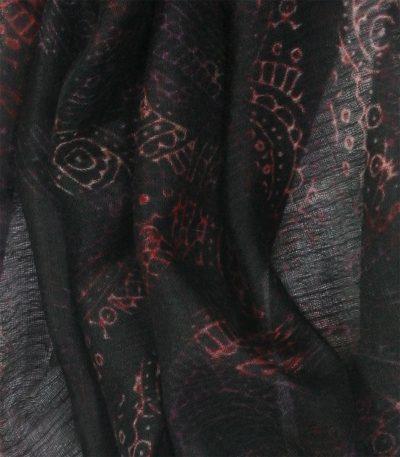 szal-z-kaszmiru-w-kolorze-czarnym-wzór