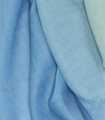 szal kaszmirowy niebieski cieniowany