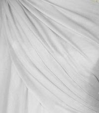 szal welniany w kolorze perlowo szarym z welny merino