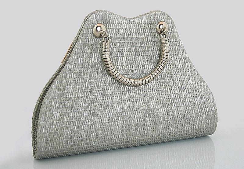 5eaf4f90ab17b Torebka wizytowa w kolorze srebrnym – LuxWoman – szale